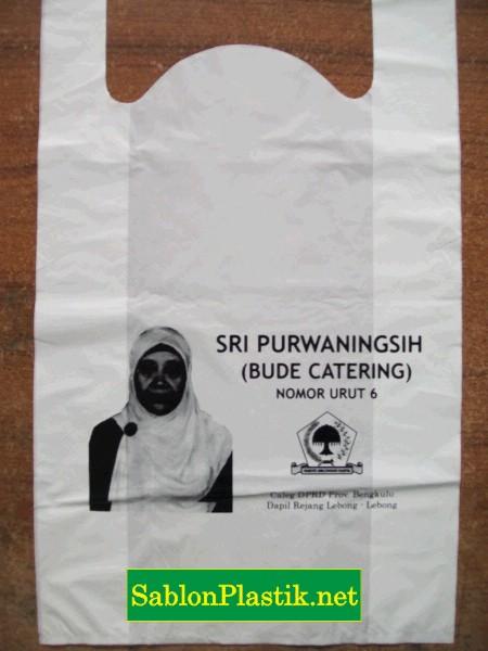 Sablon Plastik Kresek Bengkulu pesanan Caleg Bude Catering