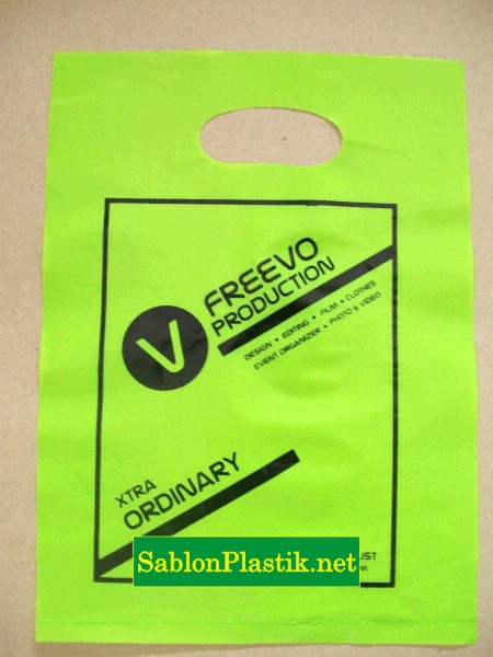 Sablon Plastik Plong Freevo Production pesanan dari Yogyakarta