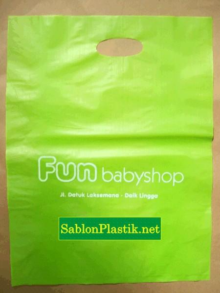 Sablon Plastik Plong Fun Baby Shop di Daik Lingga Kepulauan Riau