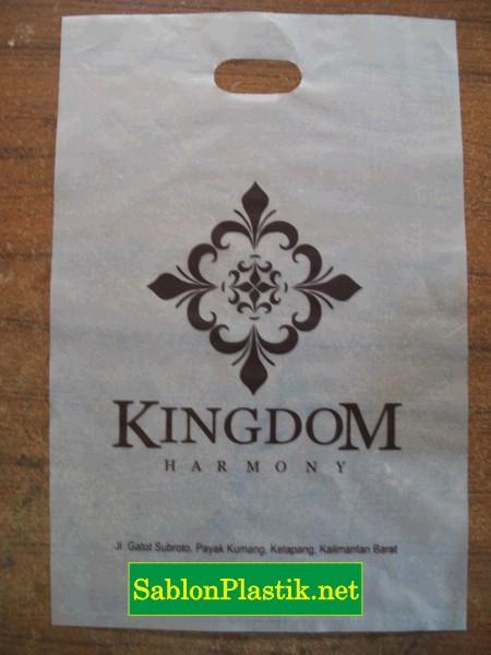 Sablon Plastik Plong Ketapang pesanan Kingdom