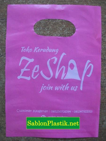 Sablon Plastik Plong Samarinda pesanan Toko Kerudung Zeshop