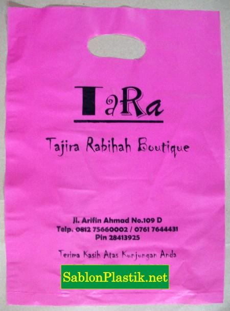 Sablon Plastik Plong Tara Boutique di Pekanbaru 2