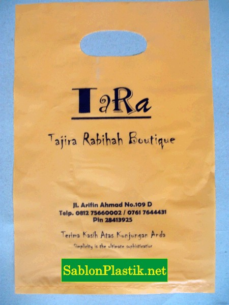 Sablon Plastik Plong Tara Boutique di Pekanbaru 3
