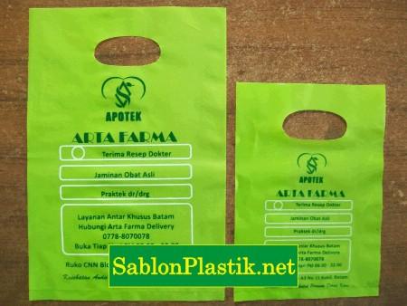 Sablon Plastik Plong Batam pesanan Apotek Arta Farma