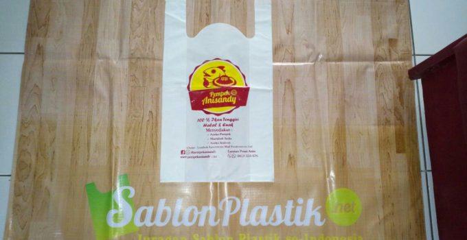 Sablon Plastik Kresek pesanan Pempek Mataram , Lombok